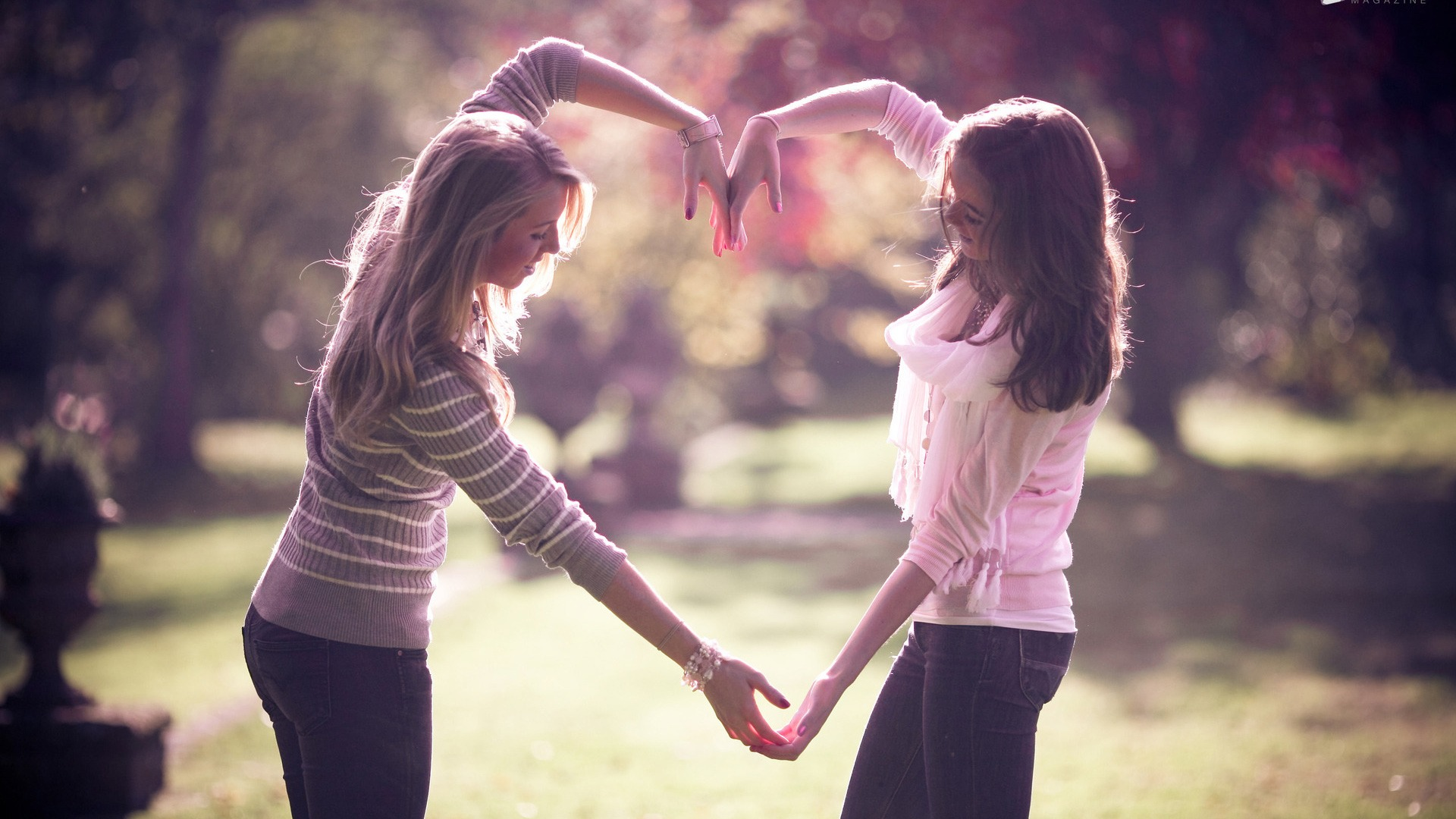 friendship girls To date little is known about the experiences of girls with autism, or how they live  with and manage their autism this qualitative study explored experiences of.